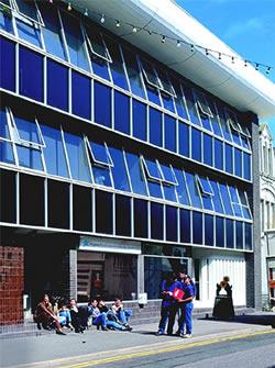 カプランインターナショナルランゲージズ ボーンマス校(Kaplan Bournemouth)