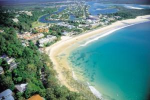 a22-lexis-noosa_main_beach_aerial