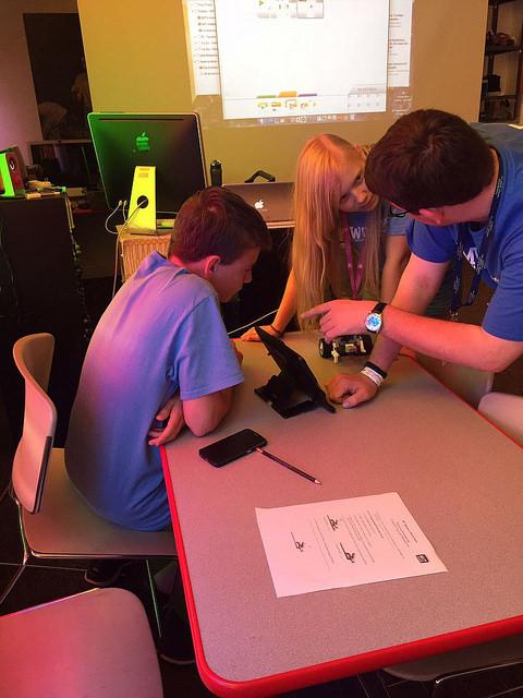 アメリカ・ボストン/サンフランシスコでロボット工学を学ぶ!ロボディクスサマーキャンプ留学【U3】