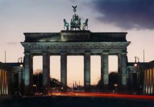 b-carl-duisberg-berlin-brandenburg-gate-evening%e7%b8%ae%e5%b0%8f